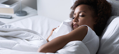 Can I sleep or nap with contact lenses in?