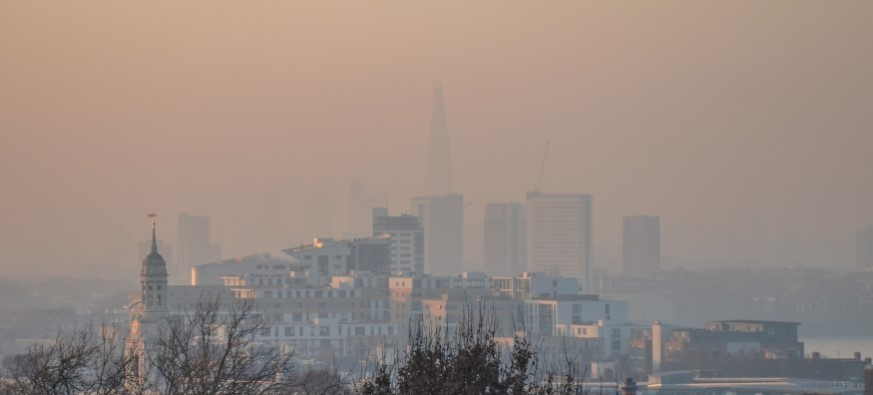 How Does Air Pollution Affect Eyes?
