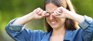 How hot weather affects your eyes