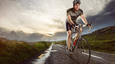 cycling and contact lenses