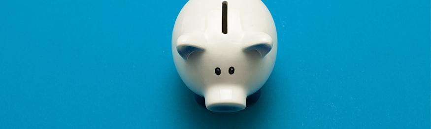 Why you should cancel your contact lens direct debit scheme