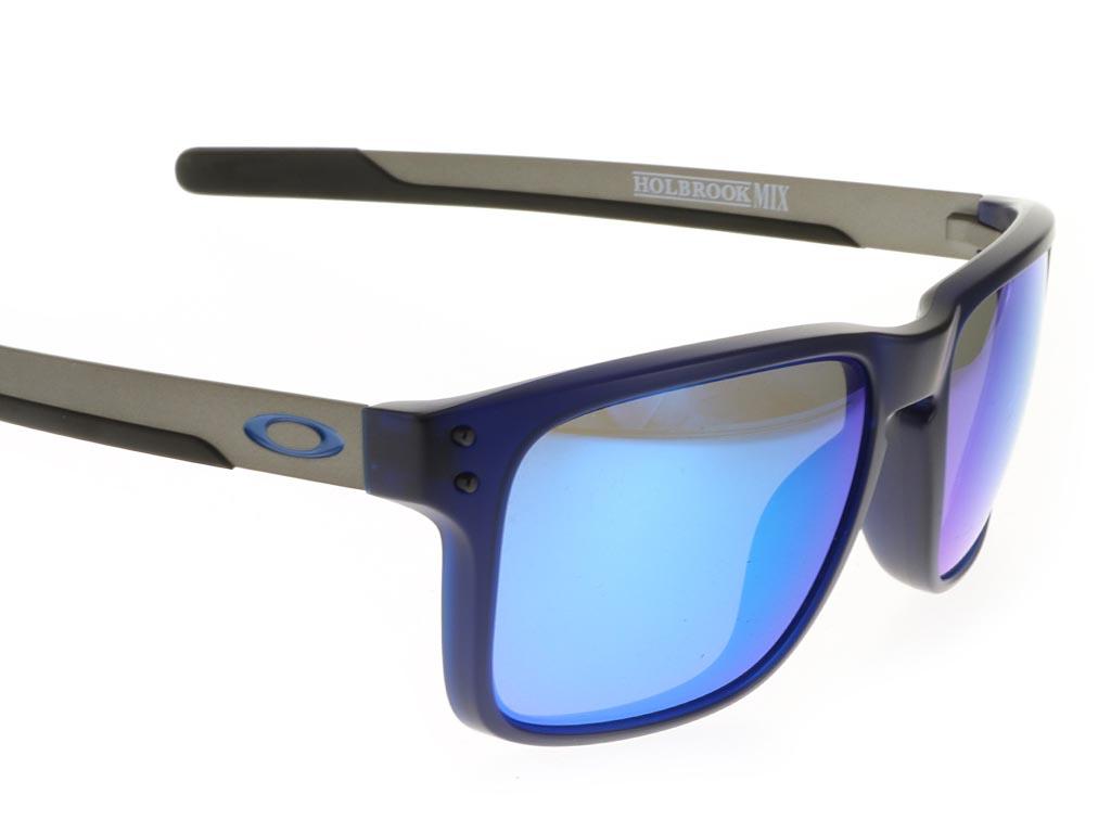 Oakley Holbrook Mix OO9384-03 Matte Translucent Blue Prizm